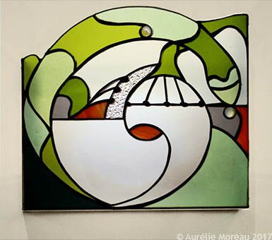 Le lézard, vitrail en applique murale