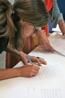 Aurélie Moreau- signature de la charte