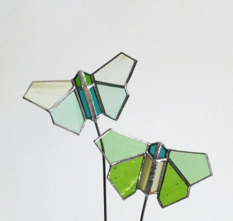 Papillons double vert clair vue3
